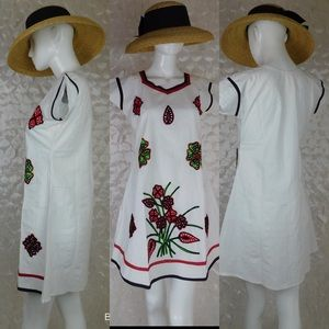 Dresses & Skirts - White Embroidered NWOT summer dress Size S
